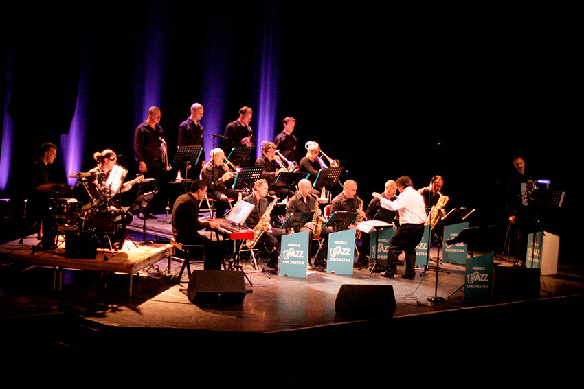 Middle-Jazz-Orchestra